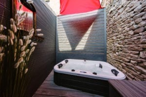 luxury suites kirkby lonsdale with hot tub
