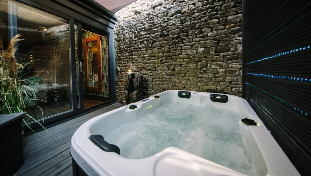 Short Breaks With Hot Tub Places To Stay With Private Hot Tubs Absoluxe